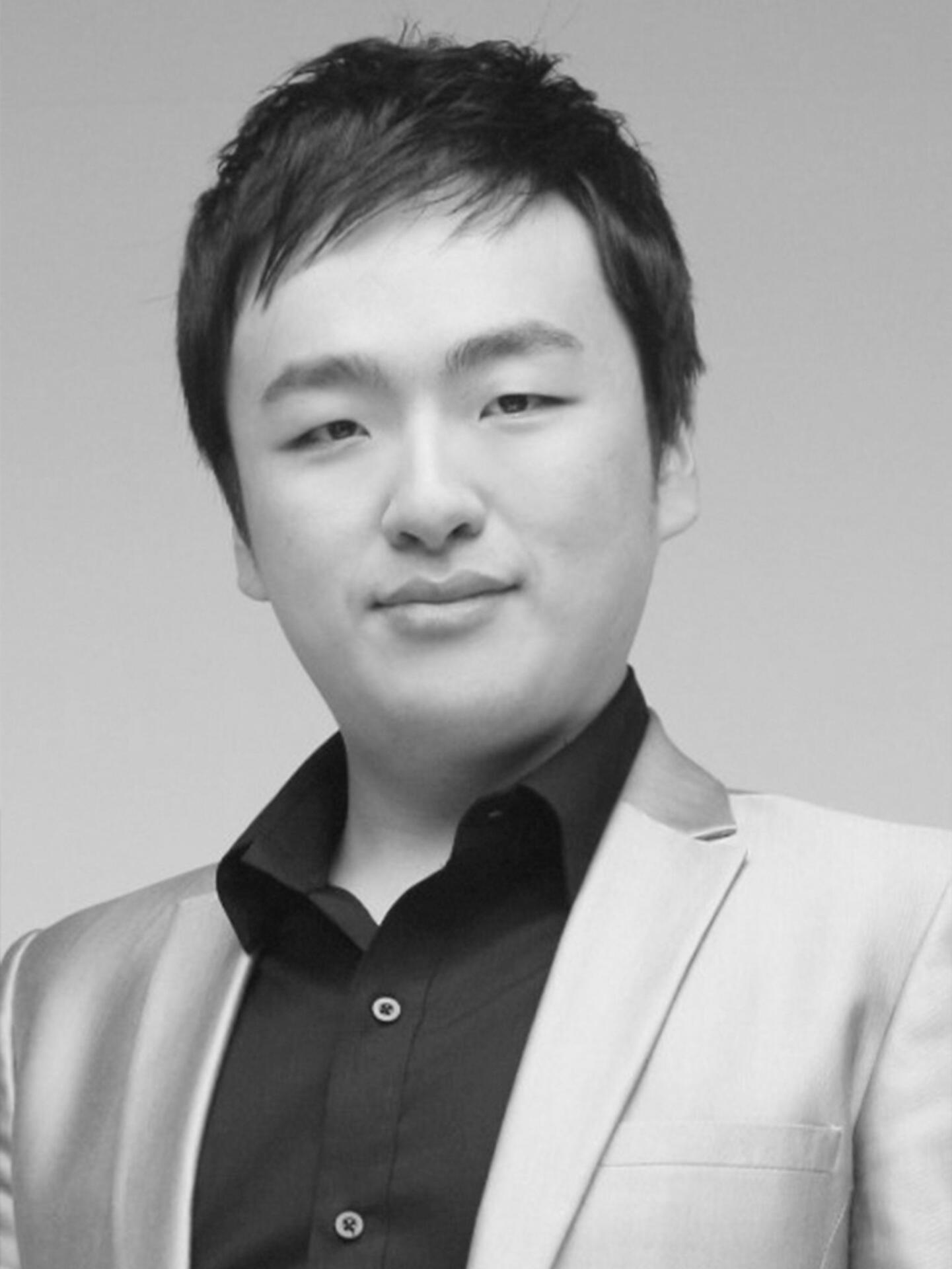 Donghyuk (Roger) Shin